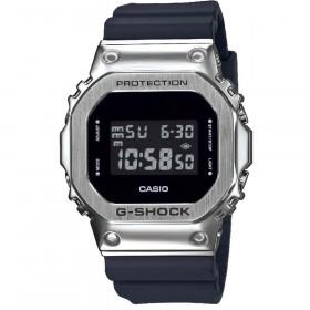 Montre Casio G-Shock GM-5600-1ER