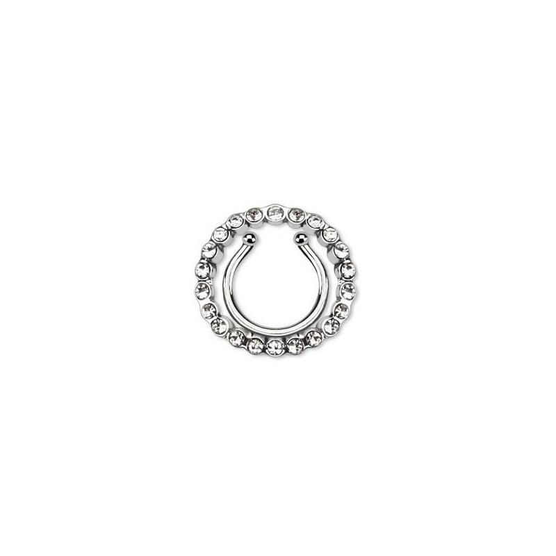 Faux piercing téton forme anneau contour multi strass blanc