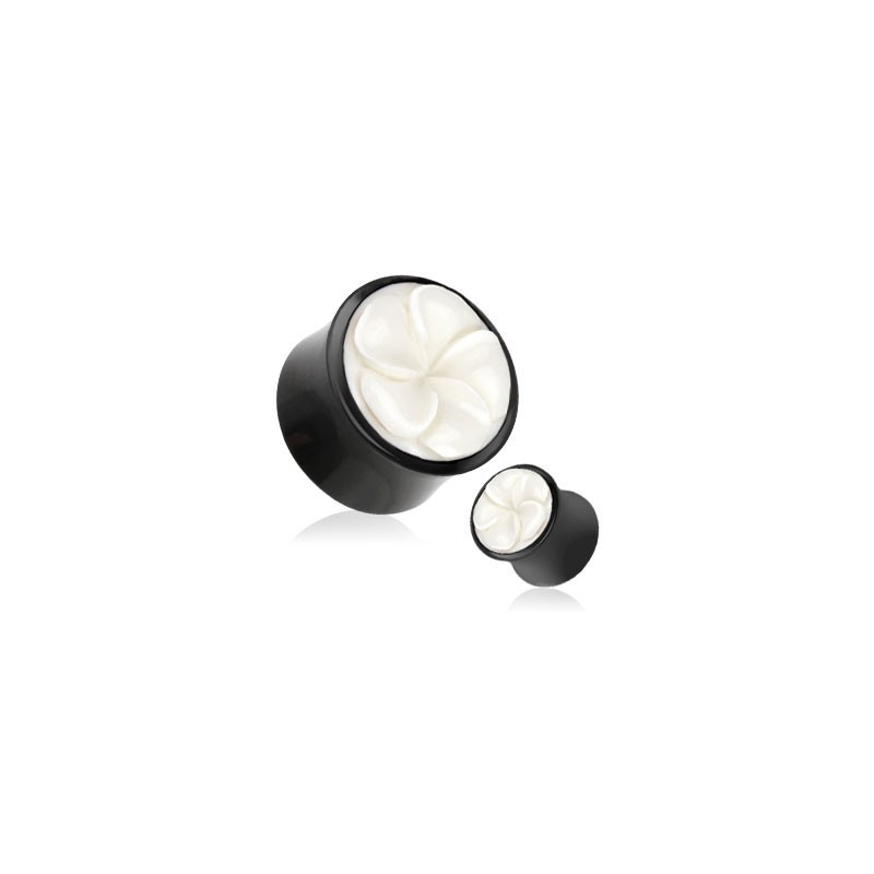 Piercing plug ecarteur en corne et os de bufle motif rose couleur blanc et noir