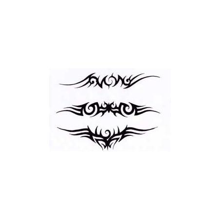 Tatouage Tribal bas de dos et bracelet