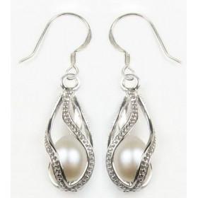 Boucle d'oreille pour femme en argent massif motif perle blanche cage argent